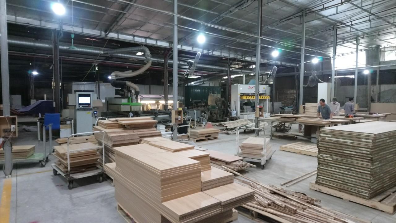 Nhà máy sản xuất nội thất văn phòng
