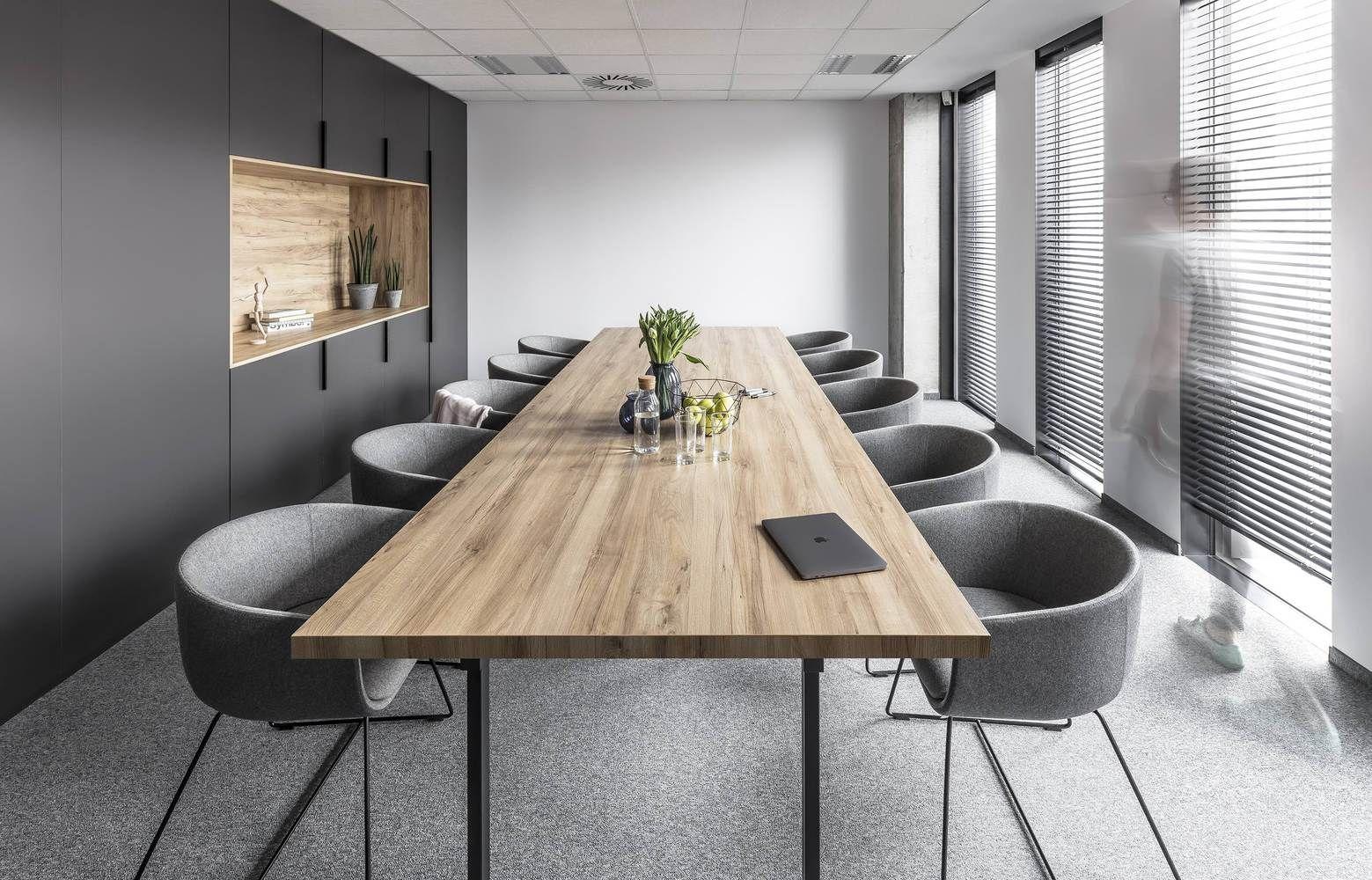 Thiết kế nội thất văn phòng quận Tân Phú với phong cách tối giản