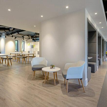 Văn phòng phong cách tối giản sang trọng và tinh tế