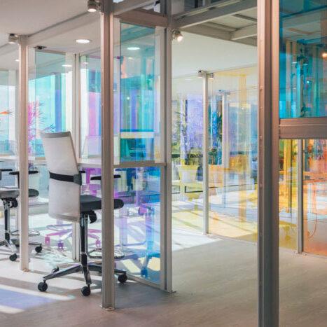 Thiết kế văn phòng quận 5 với màu sắc rực rỡ