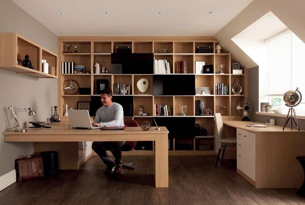Lựa chọn bàn ghế có kiểu dáng và chất liệu phù hợp